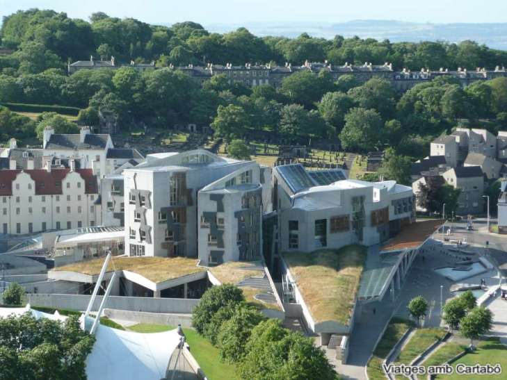 Vista General del Parlament d'Escòcia d'Enric Miralles