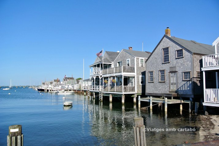 Cases al Port de Nantucket