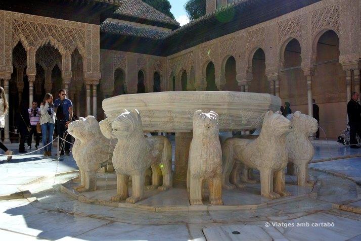Font del patio de los leones de la Alhambra