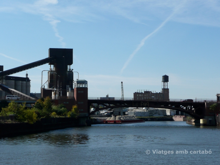 Halsted St.Bridge at Goose Island