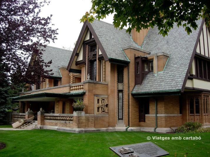 Casa (1895) Nathan G. Moore