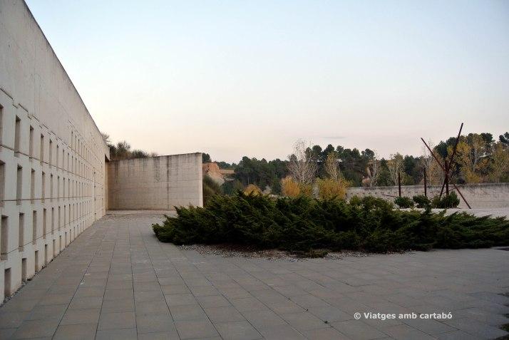 Capella i Laboratori Esplanada Accés Cementiri Igualada
