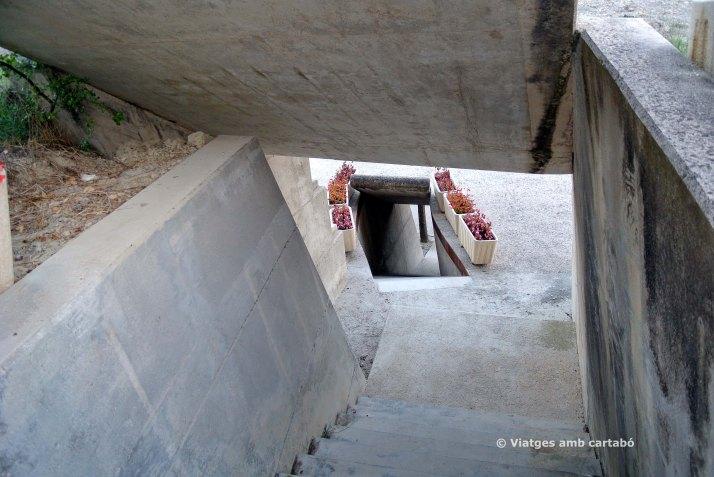 Escales entre nivells Cementiri Igualada