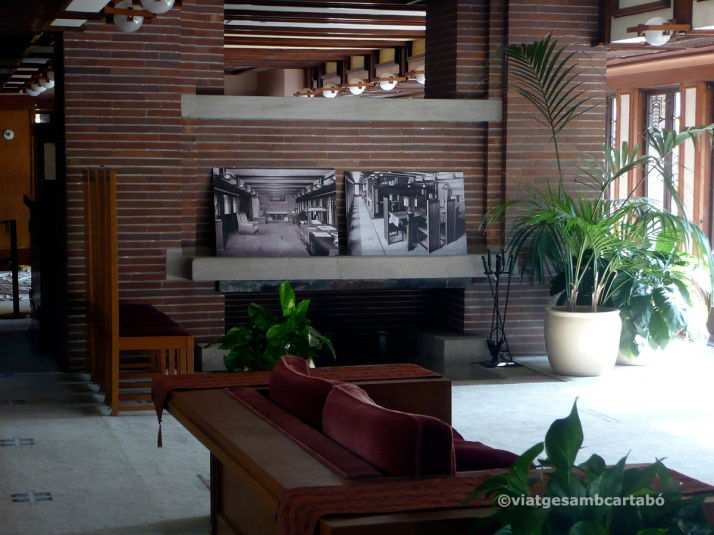 The Robie House interior xemeneia