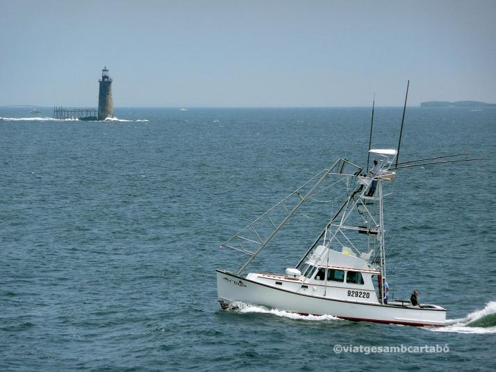 Portland far aigua amb barca