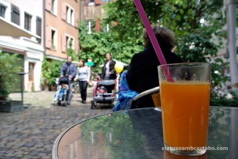 Basilea suc de taronja
