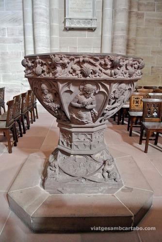 Pila baptismal de la Catedral de Basilea