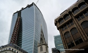 The Walkie Talkie by Raphael Viñoly New Tower under construcion