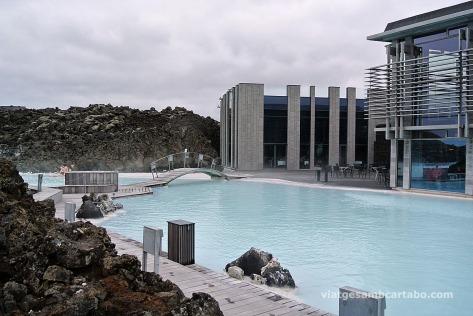 La Blue Lagoon aprofita l'aigua d'una central tèrmica propera