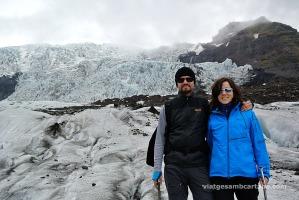 Caminant amb grampons per la glacera