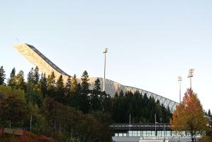 Posta de sol a l'Ski Jump de Holmenkollen