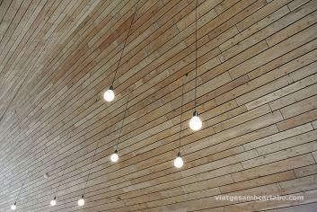 Café Bjork Detall d'il·luminació a l'interior