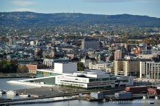 Vistes de l'Oslo Opera House des de l'Ekeberg Parken
