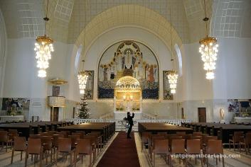 Espai central de l'església