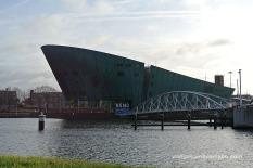 Nemo, museu de la ciència dissenyat per Renzo Piano