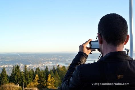 Fotografiant les vistes d'Oslo