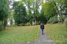 Passejant pel cementiri