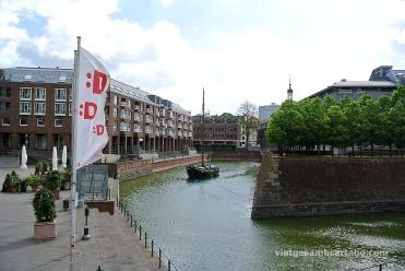 Antic port restaurat de Düsseldorf