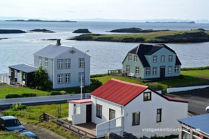 Stykkishólmur casetes al costat del port