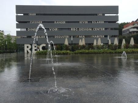 L'edifici de mobiliari contemporani RBC de Jean Nouvel
