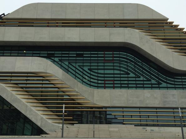 Centre Pierre Vives de Zaha Hadid