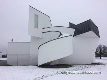 Rampes, escales, sostres i obertures sinuoses